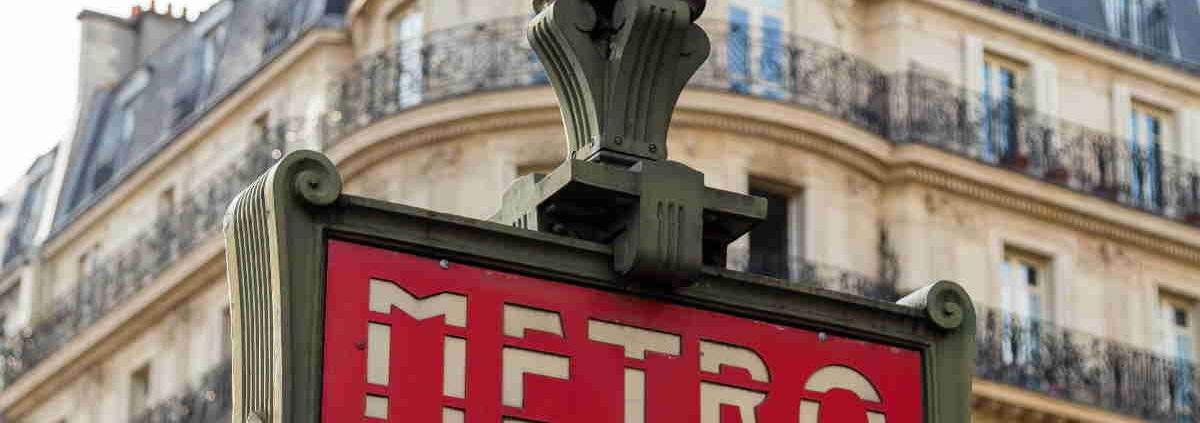 station de métro - situation géographique du lycée Ipécom Paris