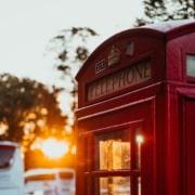 Préparation au first certificate in english FCE cabine téléphonique anglaise